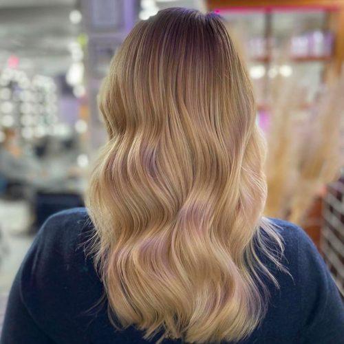 Gepflegtes Haar, strahlendes Blond nach Besuch bei DA VINCE HAIR & MAKE-UP
